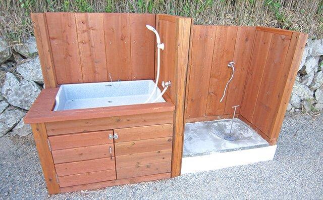 ドッグシャワー(冷水のみ)&排水口